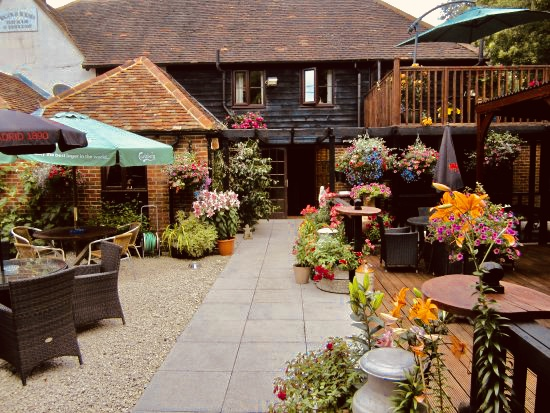 Pub Yard